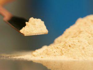 بنتونیت در خوراک دام و طیور